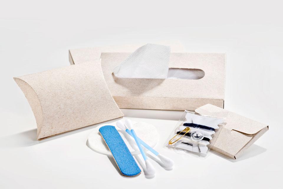 Vanity Kit   | Gorro de baño, pañuelo, lima para uñas, copitos y costurero
