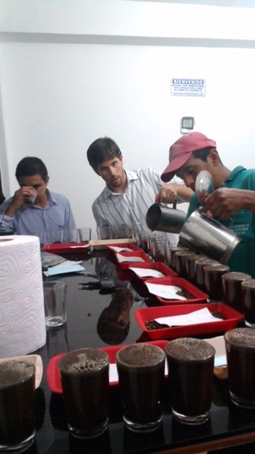 Audenar cupping with Sebastian from Phil and Sebastian and Yonger from Virmax