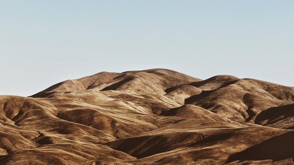 oregon mountain eric-muhr-638808-unsplash.jpg