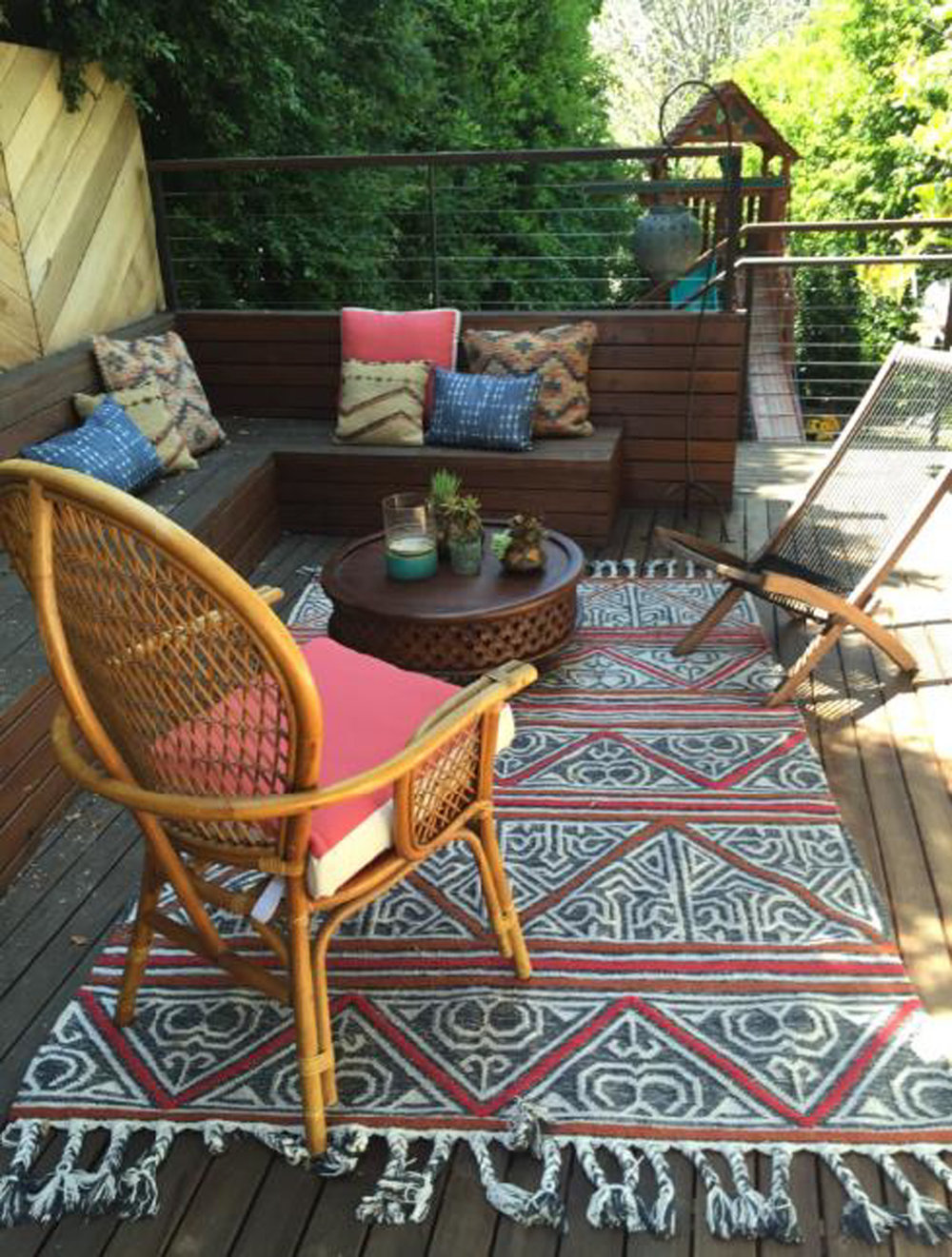Lania Ln LR Terrace.jpg