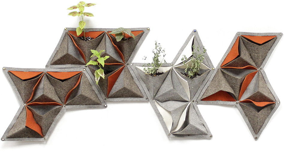 Focusing on local materials, Vàs Planter is simply made using die cut industrial felt, plastic sheeting and metal rivots.