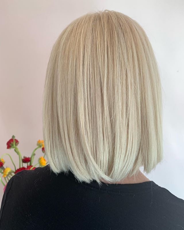 Modern blond cut #naznazsalon #naznazhairsalon #naznazsalonjerseycity #naznazsalondowntownjerseycity #jerseycity #downtownjerseycity #newjersey #newyork #newyorkstylists #newjerseystylists #jerseycityhairstylists #blondhair #blond #lobhaircut #bobhaircut #modernbob #modernhair #newlook #newlookpatterns #newhairstyles #modernhairsalon #newjerseystylist #naznazhairproducts #naznazshampoo #naznazconditioner #naznazserum #naznazwax