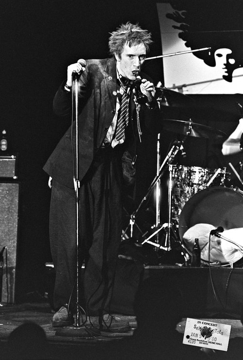 Johnny Rotten of the Sex Pistols.jpg