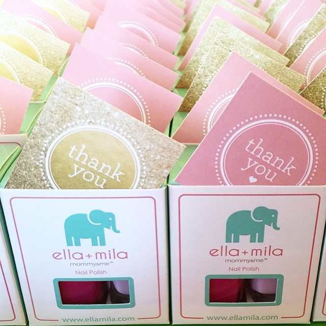 Nail polish is always a great idea when it comes to favors for petite parties, especially when it's @ellamilapolish ! How cute are these baby shower favors? If you're planning a petite party, www.thepetitepartylist.com is your go-to resource. With our directory of all-star vendors at your fingertips, planning birthday parties + showers has never been easier!