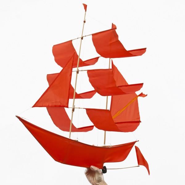 Flame Sailing Ship Kite