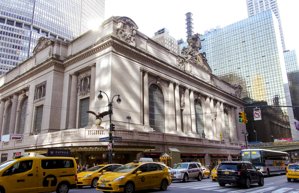 Grand-Central-with-taxis.jpg