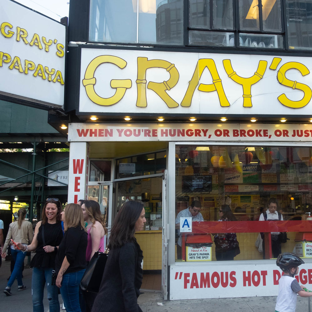 Gray's Papaya, UWS