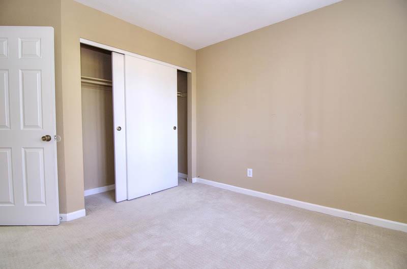 room1b.jpg