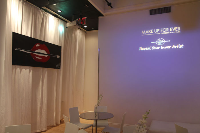 10.10.13 - Make Up For Ever - signage