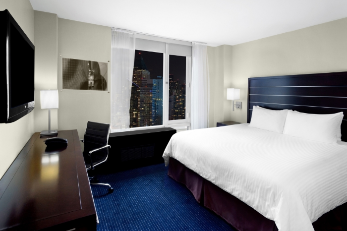 Room at Hilton New York Fashion District hotel