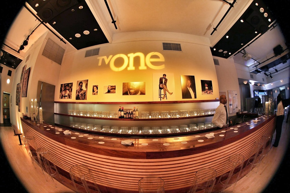 The Bar, TV One's branding was prominent throughout the venue. The bar was flanked by high stools to add extra comfort without limiting access for guests.