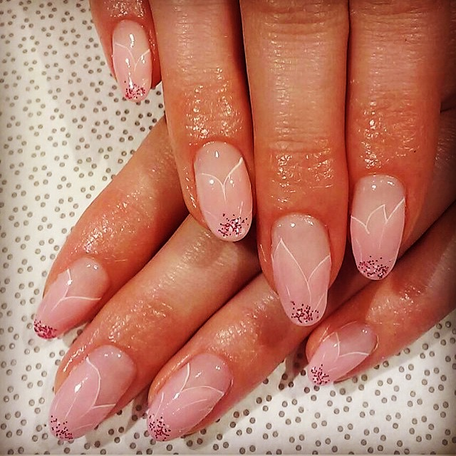 Sakura nails for Japanese Cherry Blossom season.