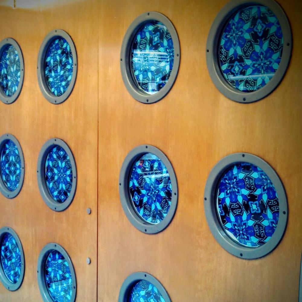 blue porthole signage