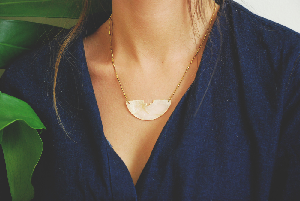 Sirena Shell Necklace