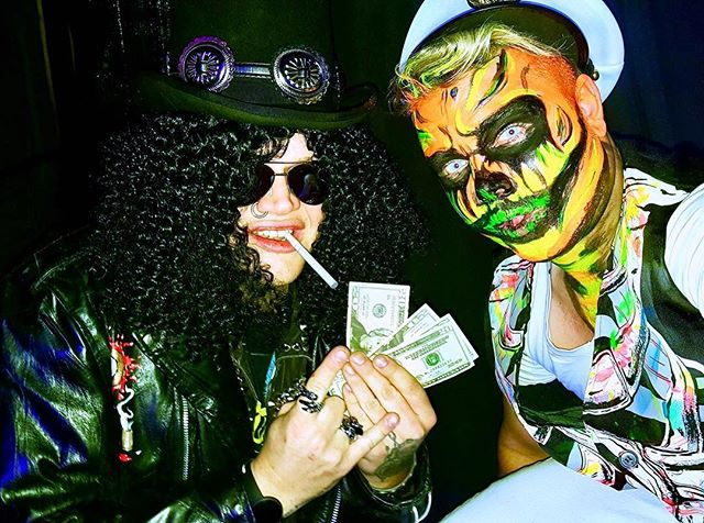 We party hard 🎩🤘👻☠️ Loyal Brothers Halloween costume contest winner ☝️😎 thank you DJ Tenza and @loyal_brothers_lounge!!! #happyhalloween #halloween #loyalbrothers #djtenza #slash #slashyhalloween #moneyoverbitches #gnfnr