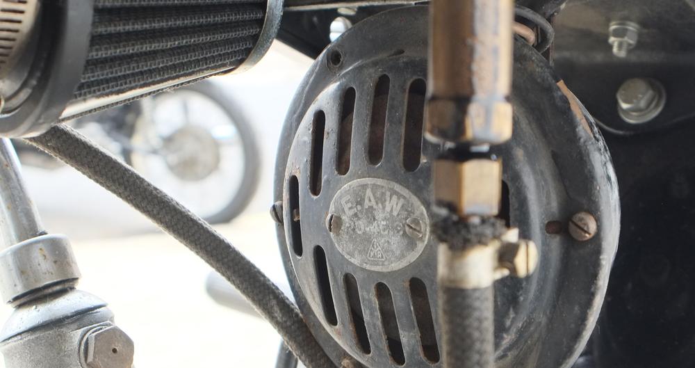 r35 horn.jpg