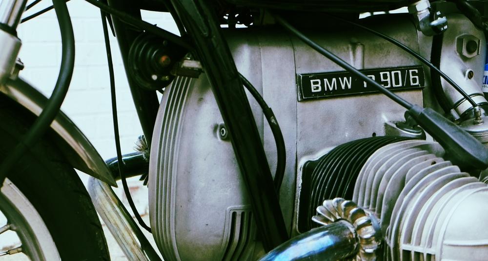 r90-6 motor.jpg