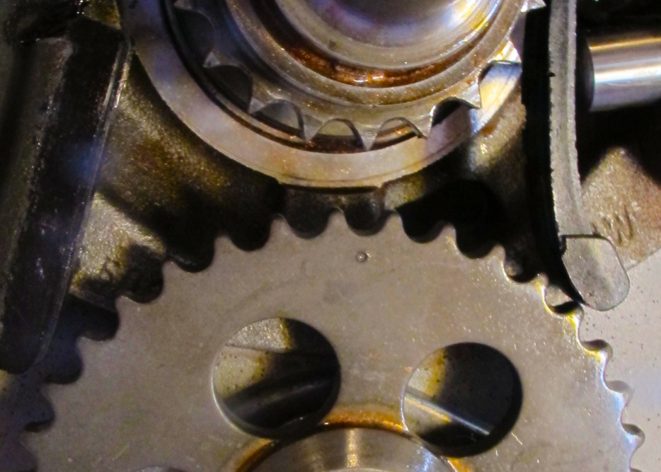 cam sprocket index marker, cropped.png