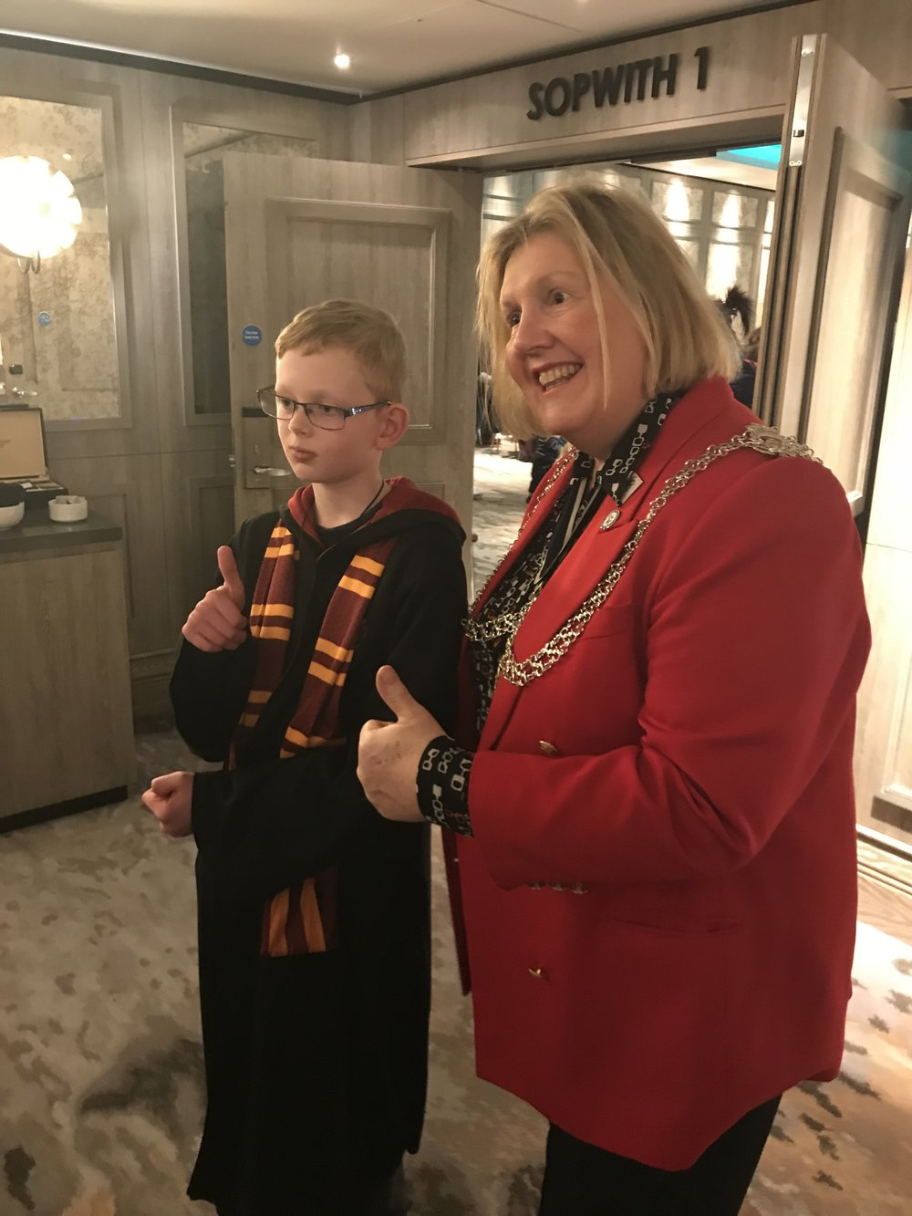 photo opportunity with a griffindor pupil