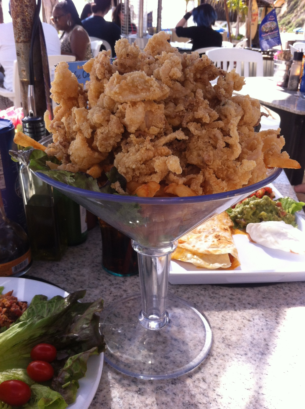 A starter of Calamari at the Paradise Cove Café. Check out the size of this!!!!!