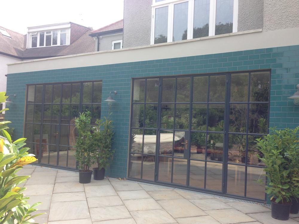 House 5 - Garden