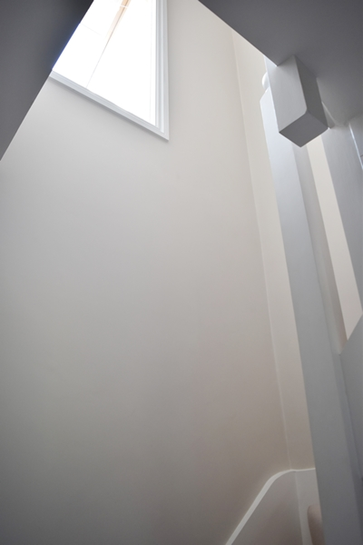 m_Hall & stairs (3).jpg