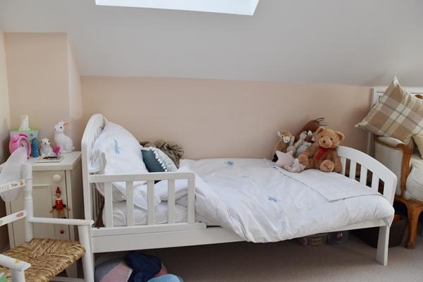 m_Hattie's bedroom (1).jpg