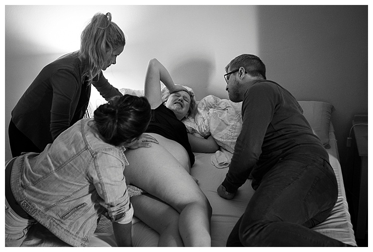SophieSmith_Birth photographer_009.jpg