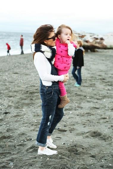 #mommymailbox #momentswithmoms #corirobinson #dresscorilynn