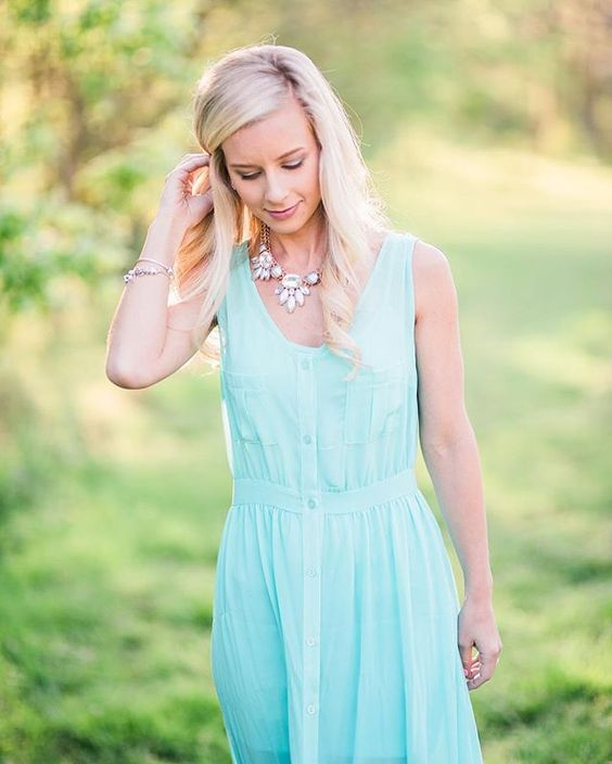 Hannah Albert's  photos are my favorite and her Shop Strands necklace from our  March 2015 box  is the perfect accessory.