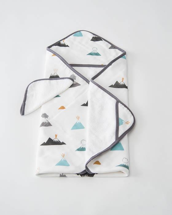 uh0019-little-unicorn-cotton-hooded-towel-set-lava-lava-lu_1024x1024.jpg