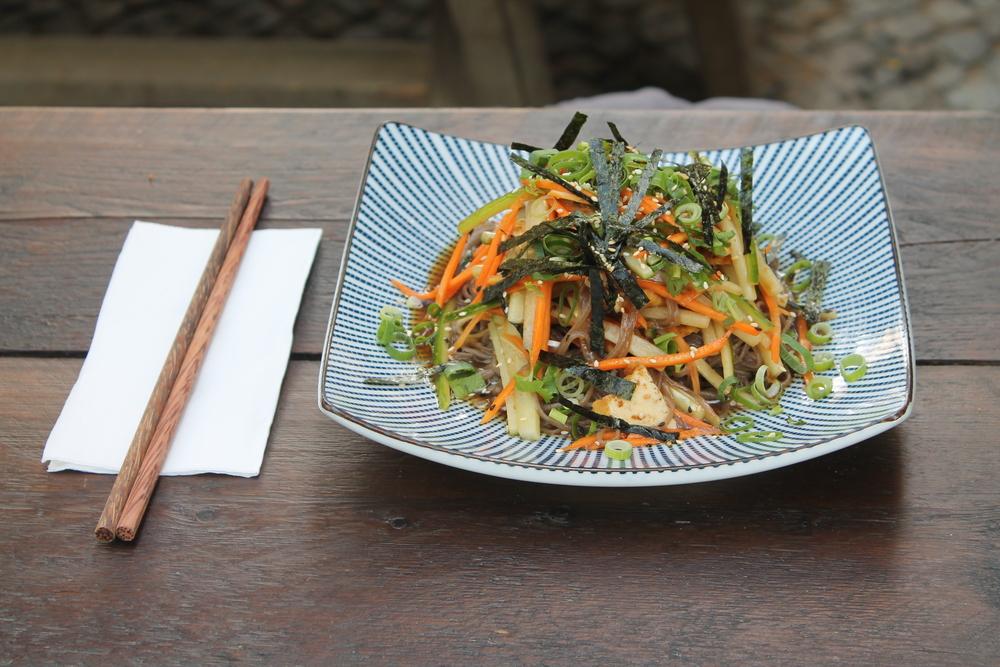 Aktuelle Empfehlung des Chefkochs: Kalte Soba-Nudeln mit Salat