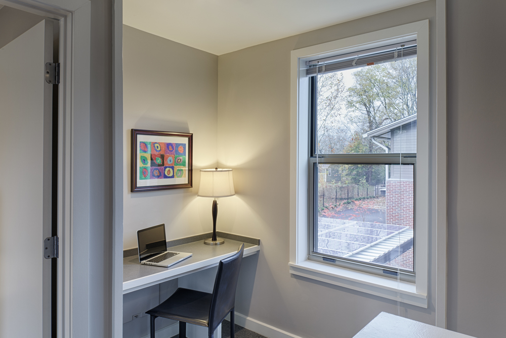 0708 mh int IMG_8730_Midtown_Duplex_Desk_01.jpg