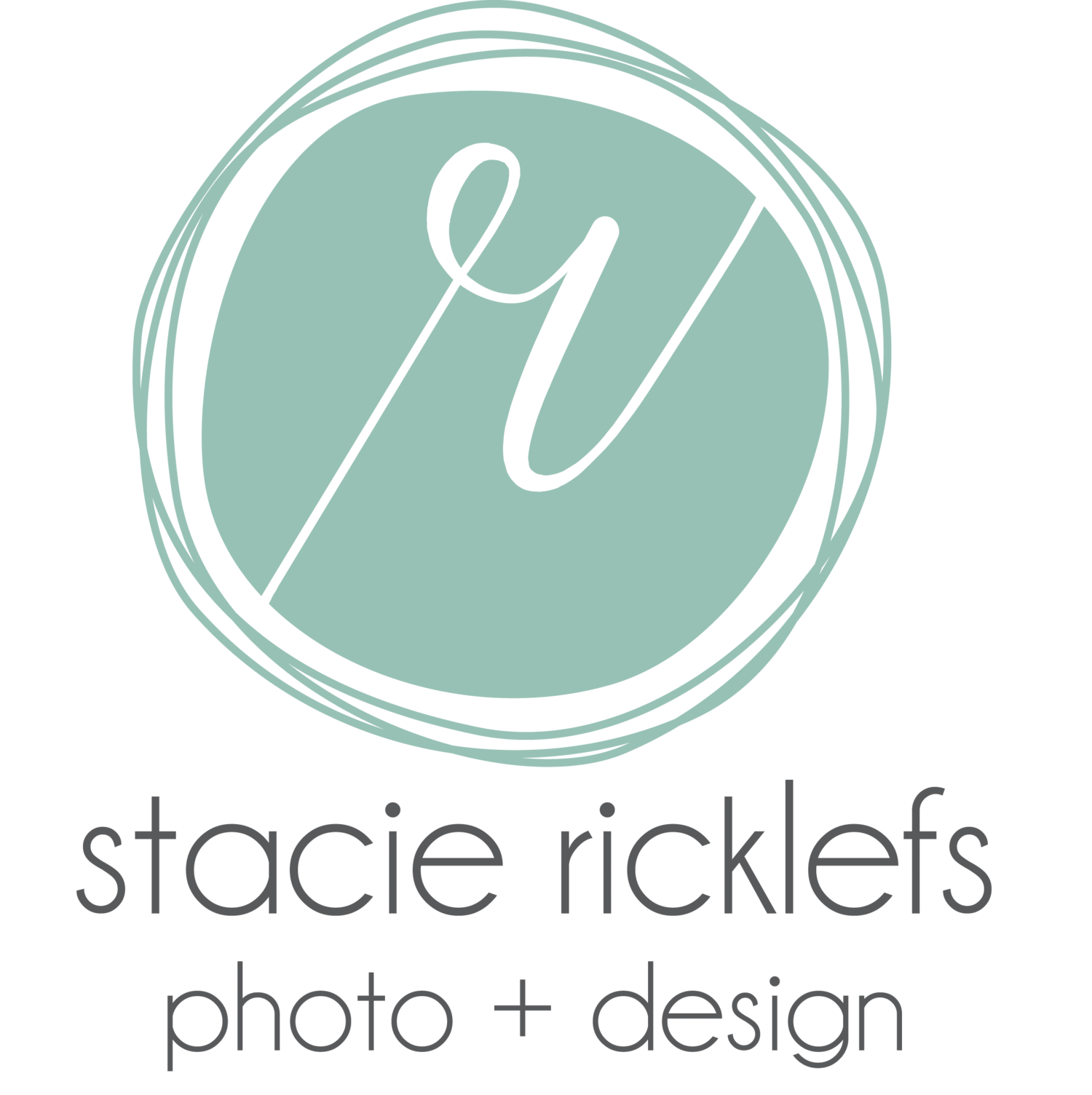 Stacie Ricklefs Photo + Design | Iowa Wedding Photographer