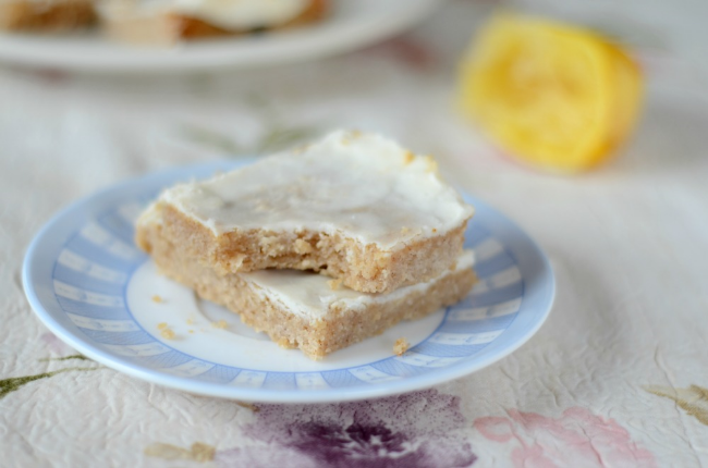 Paleo Lemon Brownies [Guest Post by Cook It Up Paleo] | Personally Paleo