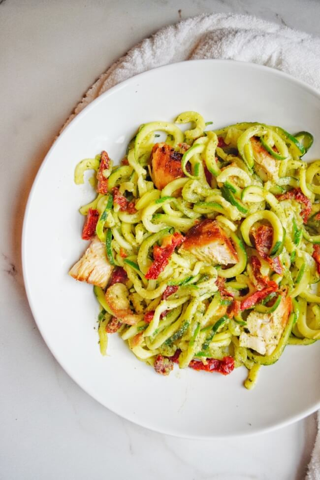 Sun-Dried Tomato + Basil Pesto Zoodles (Whole30, Dairy Free, Paleo) | Personally Paleo  #whole30 #paleo #dairyfree #lowcarb