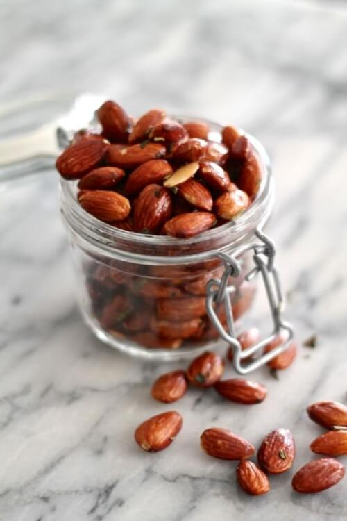 Brown Butter, Sage and Rosemary Roasted Almonds | The Kittchen