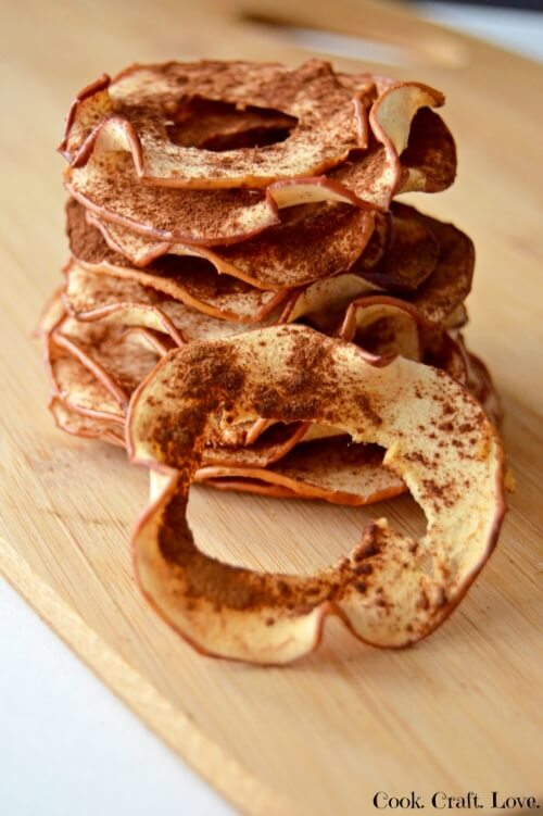 Healthy Cinnamon Apple Chips | Cook Craft Love