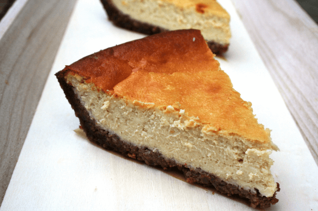 GF Pecan Crusted Cheesecake (Refined Sugar Free) | Personally Paleo