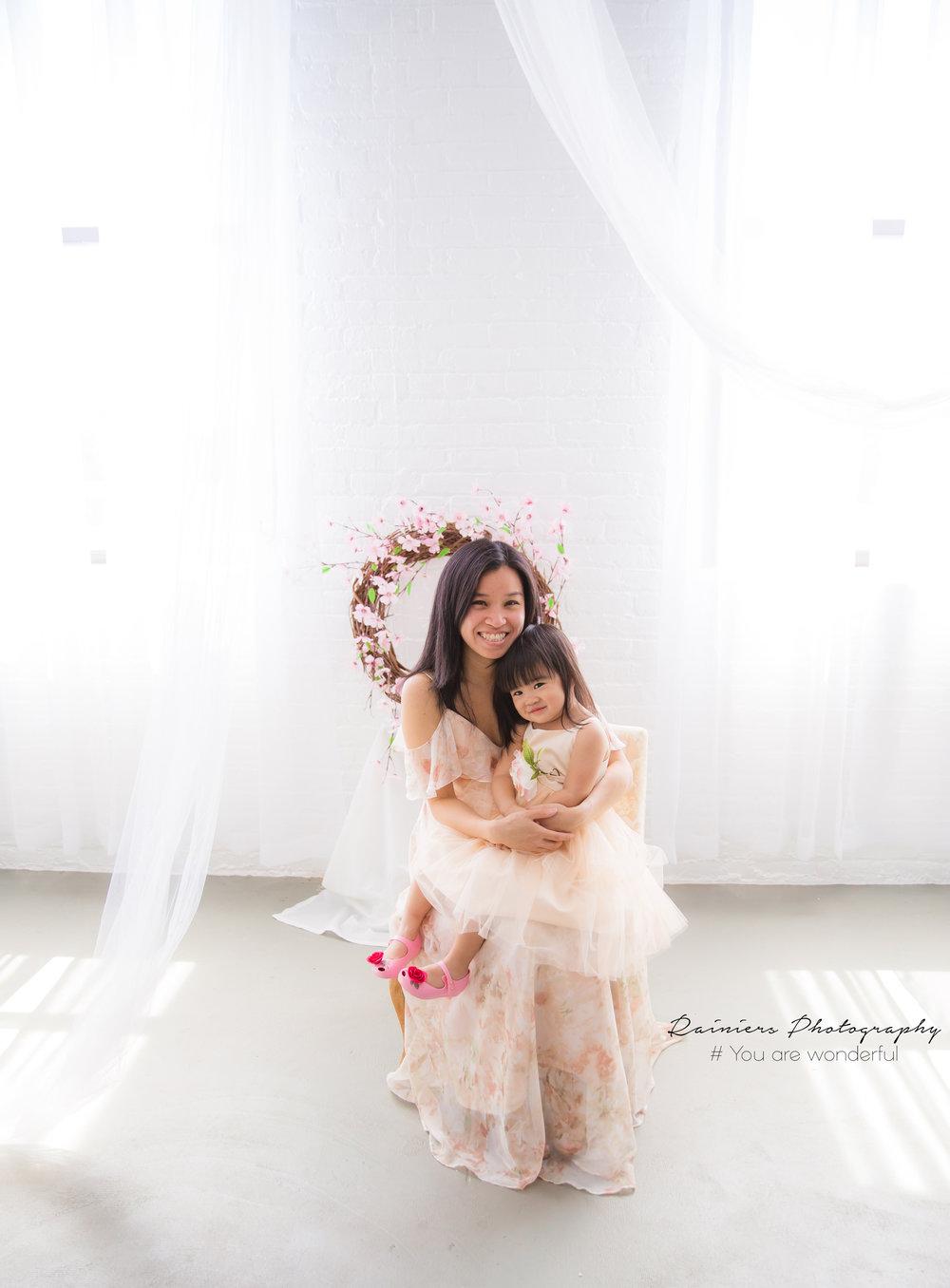 Mom&Me-20.jpg