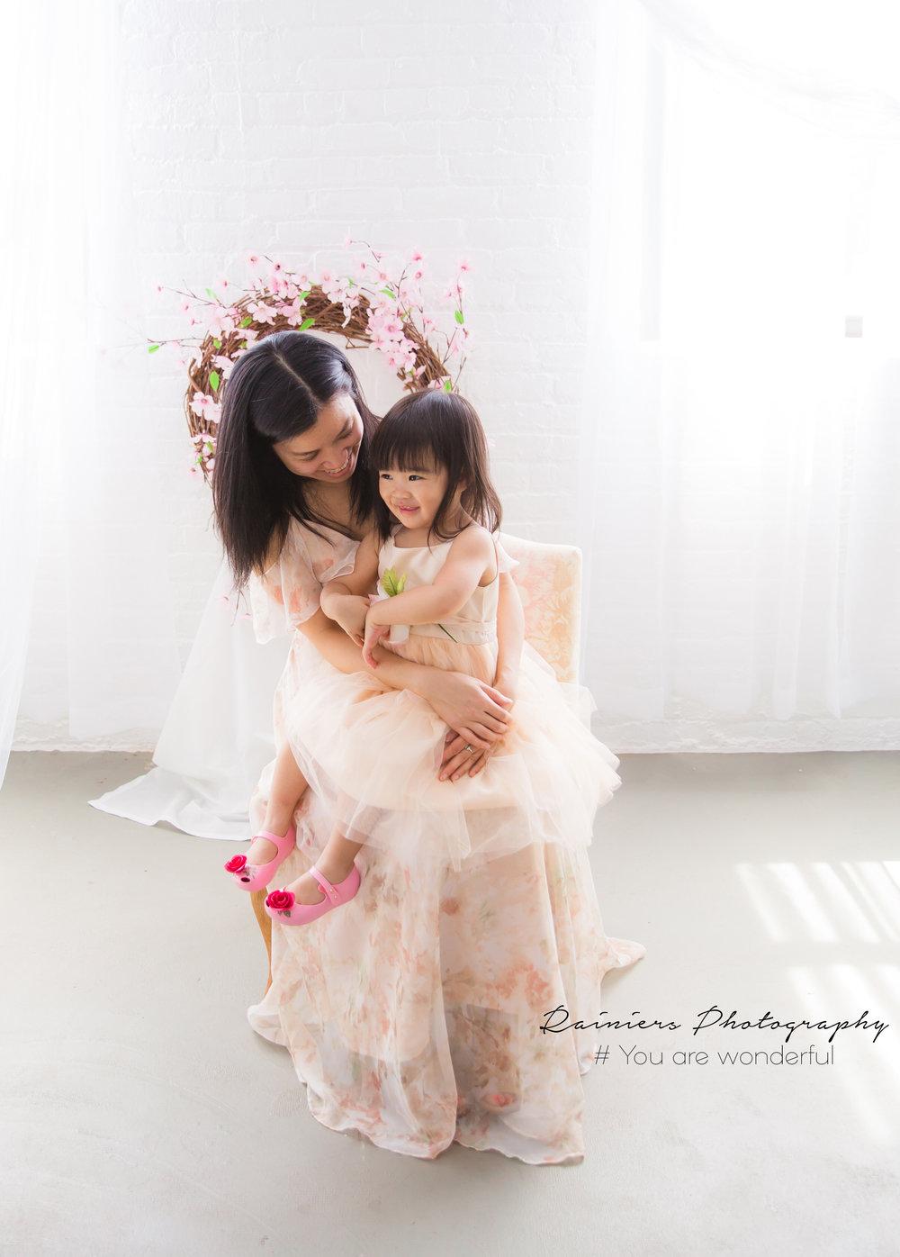 Mom&Me-24.jpg