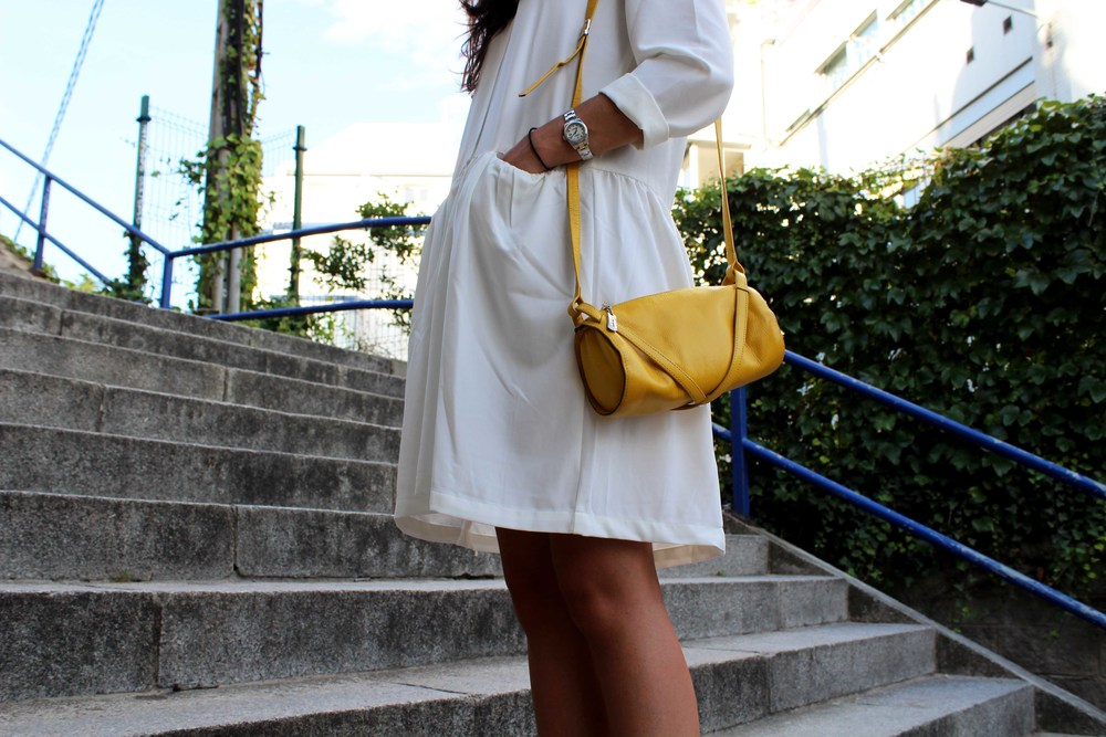 street syle little white dress