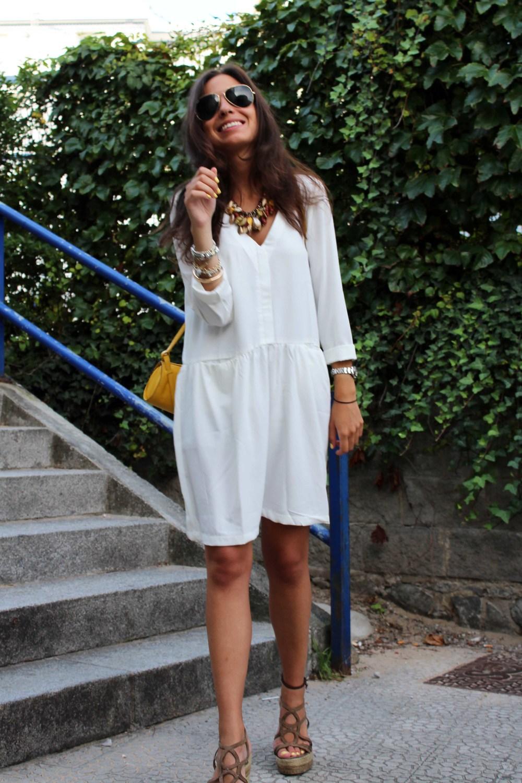 street style little white dress