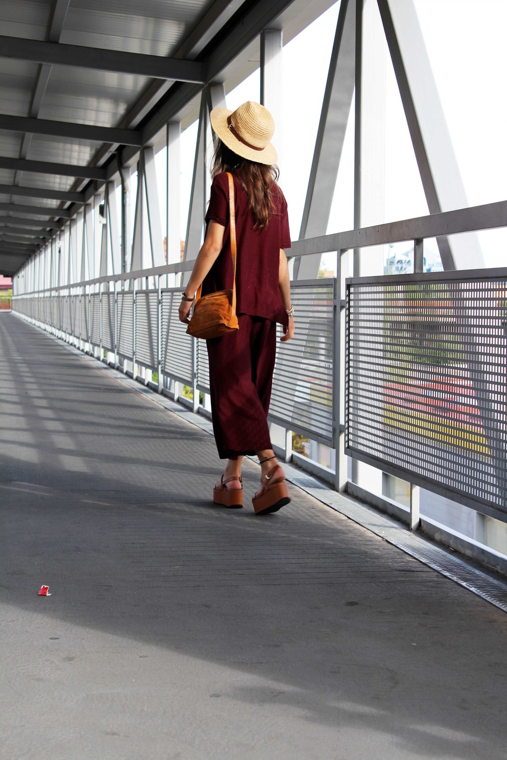 street style total burgundy look