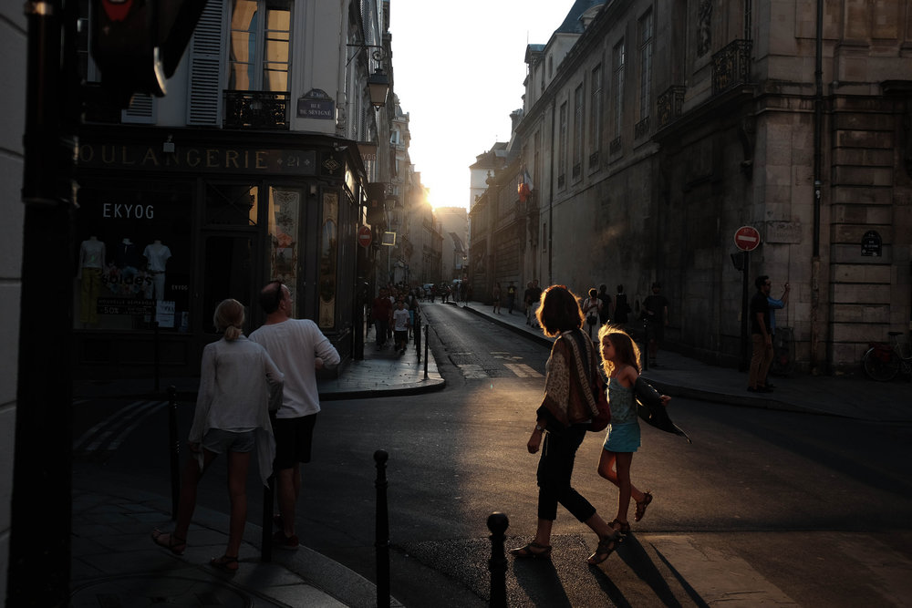 Perfect Light, Paris
