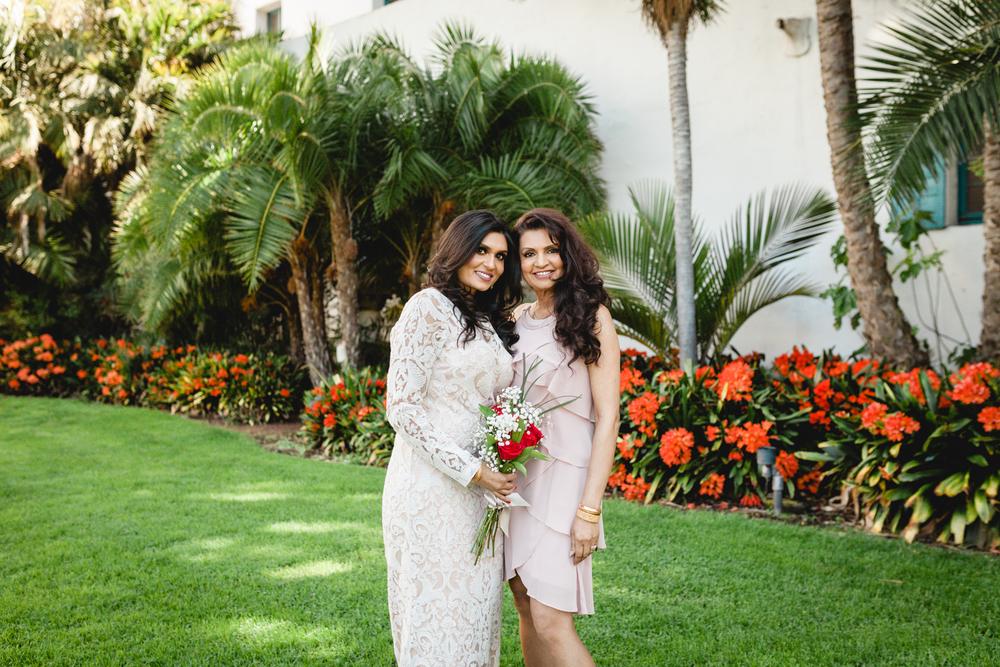 santa barbara courthouse wedding photographer family photos