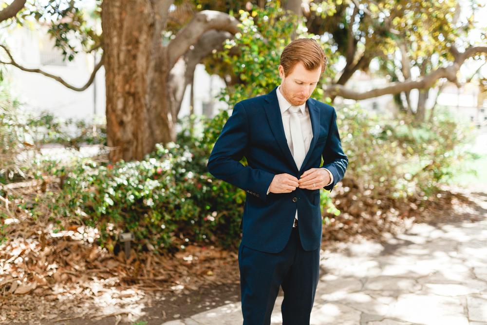 santa barbara wedding photographer groom candid