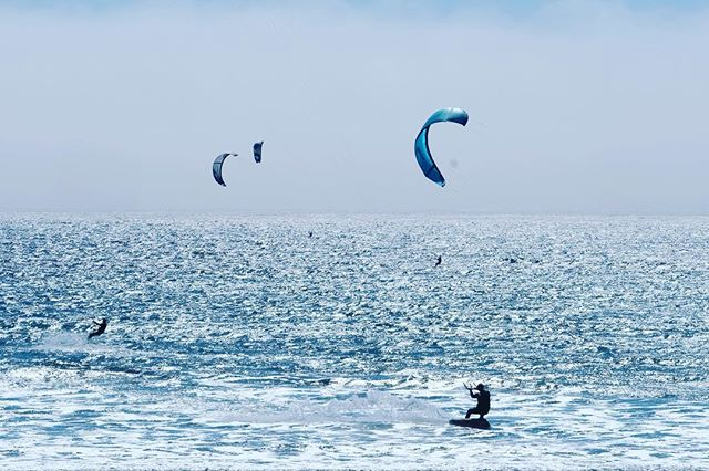 You never are to old to #fly a #kite. #kiteboarding #kitesurfing #thankful #whatmatters #beach #sun #surf #fujifilm_xseries #fujifilm_us #rad #wind #cool #awesome #roadtrippin #travel #hwy101 #cali #surfer #goodvibes #freedom #seascape #adrenaline #drive #sand #xt2 #ridethewave