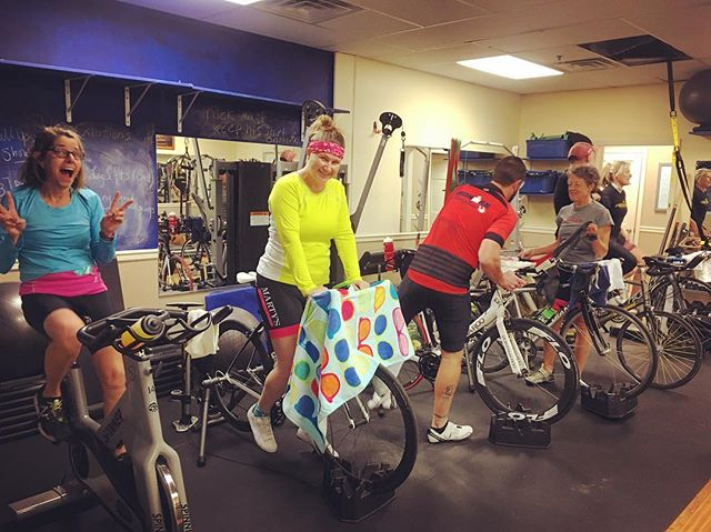 Trainer workouts are a great way for cyclists to stay in shape during the winter months. Join us for a Tuesday night group trainer ride led by @nikstir830 #cycling #cyclist #triathlete #training #fitness #groupride #trainers #fitnessmotivation #sufferfest
