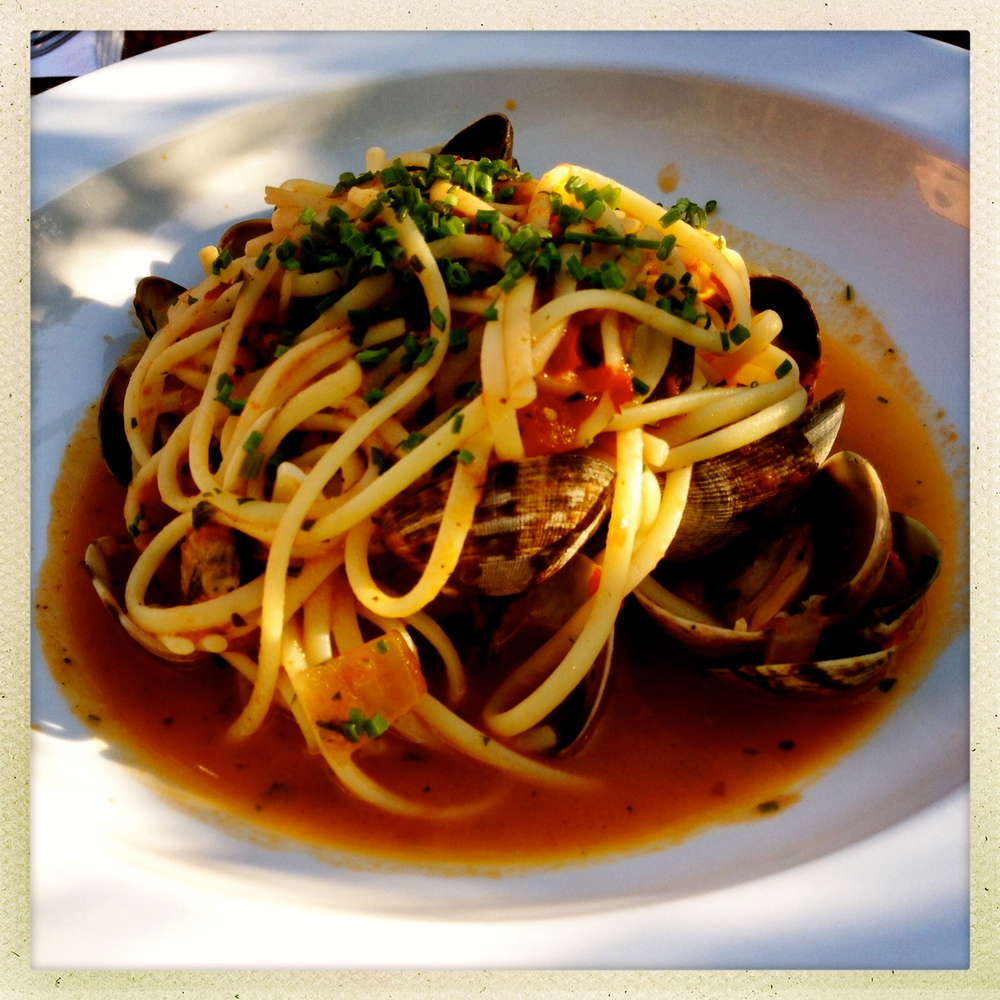 Linguine with Manila clams%0A spicy tomato sauce.jpg
